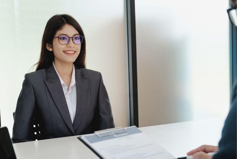 英語が話せると就職・転職に有利